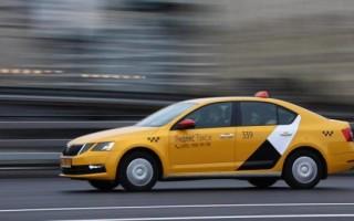 «Яндекс.Такси» планирует зарабатывать на наружной рекламе