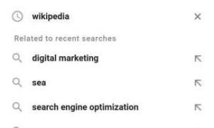 Google тестирует похожие запросы в результатах автозаполнения